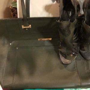 Coach handbag - Final Sale! No offers no returns